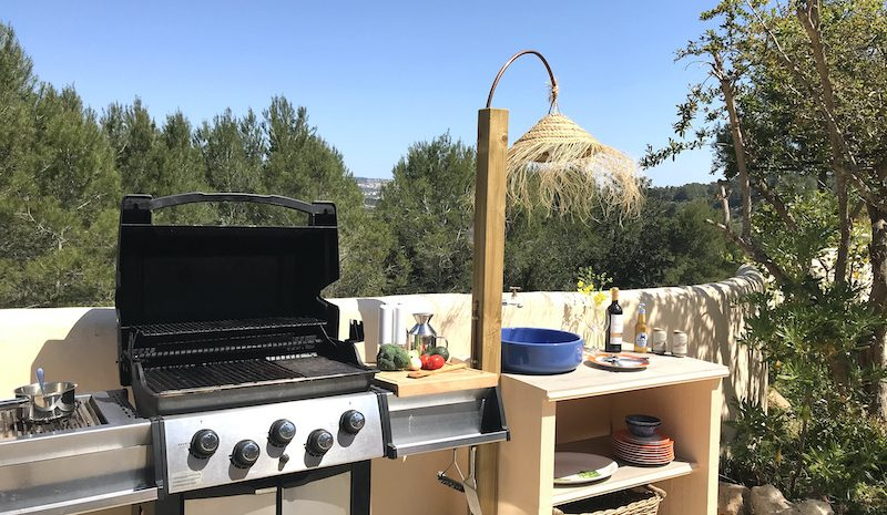 bbq and sink