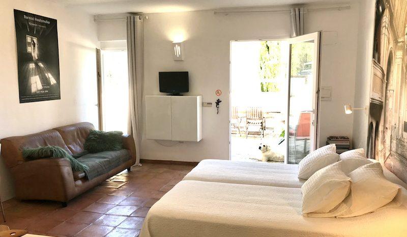 gekko beds and sofa